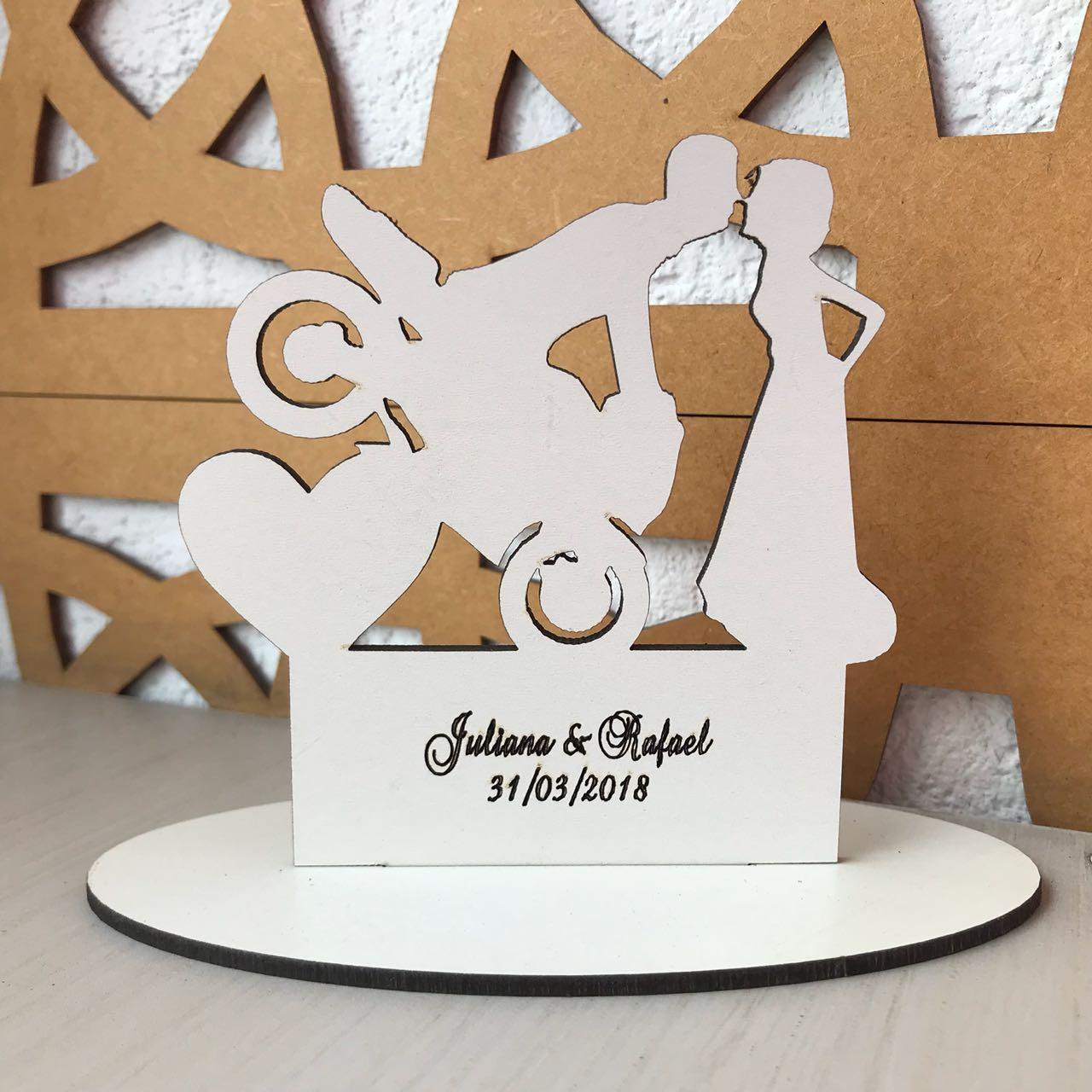Ref. 014 - Topo de Bolo MDF Branco Coração Alianças Noivos Casamento 15cm Moto Motoqueiro