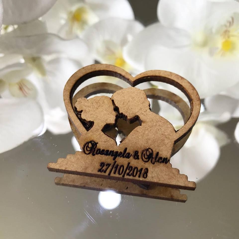 Ref. 016 -  Ímãs de Geladeira Noivos Coração - Personalizado MDF CRU