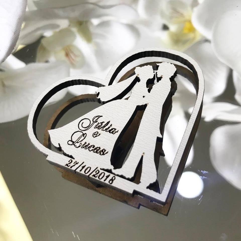 Ref. 023 -  Ímãs de Geladeira Noivos Coração - Personalizado MDF BRANCO