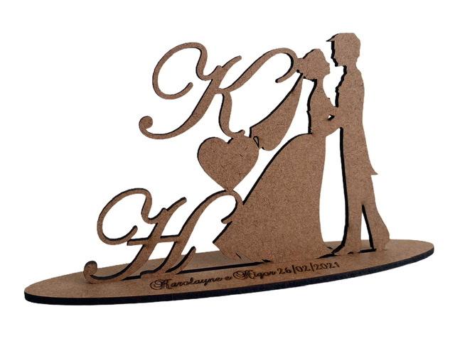 Ref. 034 - Kit Centros de Mesa em MDF CRU 20cm Iniciais Casamento Noivos