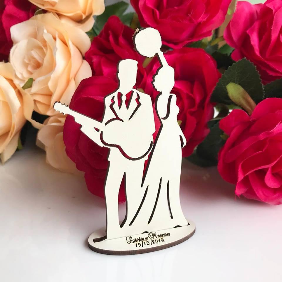 Ref. 062 - Kit Lembrancinhas de Casamento MDF Branco Noivos Violão