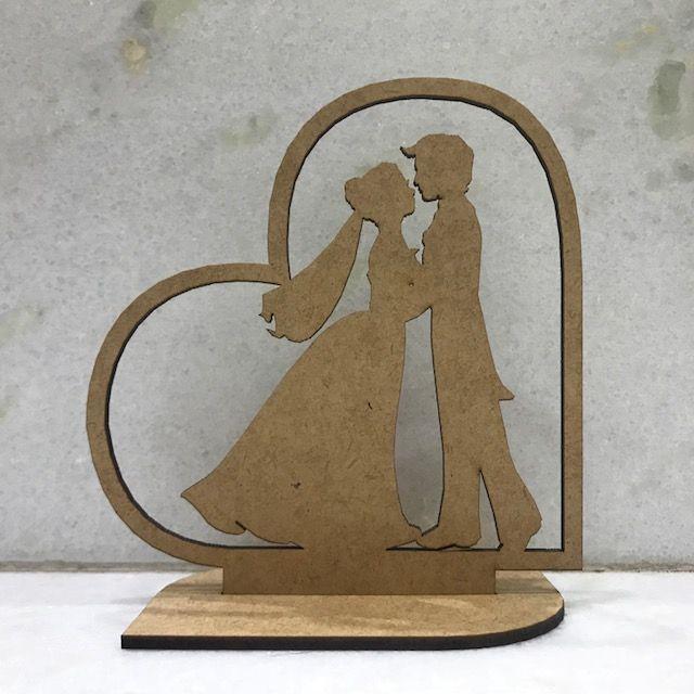 Ref. 005 - Topo de Bolo Casamento Noivos Coração 2 - 15cm MDF CRU