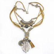 Colar feminino camurça e metal, bijuteria  - 5700