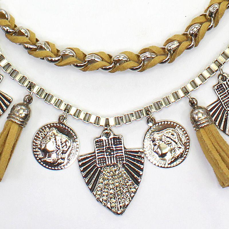 Colar feminino camurça, metais, moedas, bijuterias - 5731