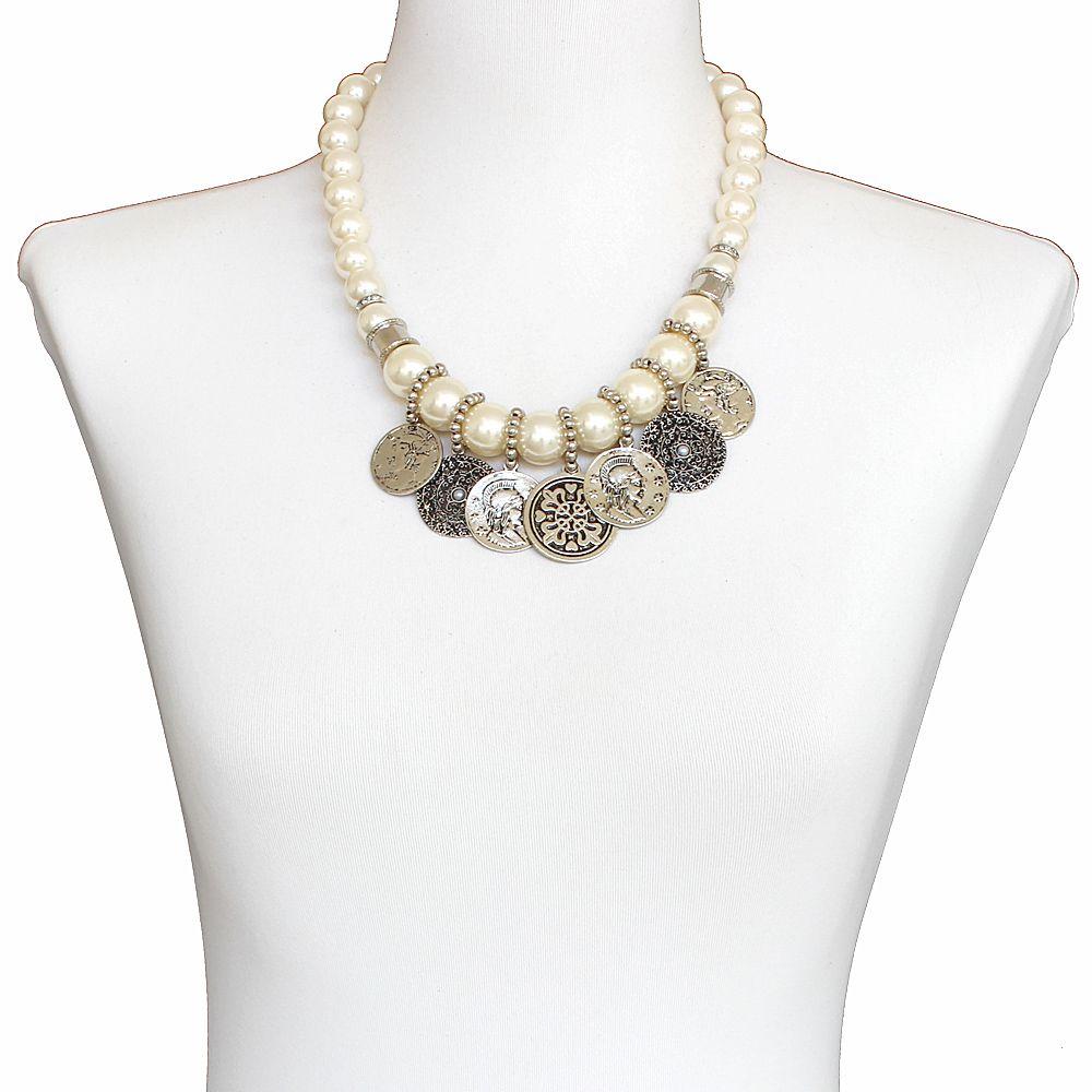 Colar feminino curto, perolas e moedas - 8271