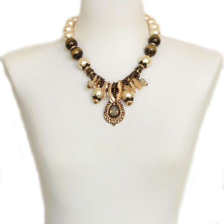 Colar feminino curto, pérolas, madrepérola e strass, bijuterias - 3768