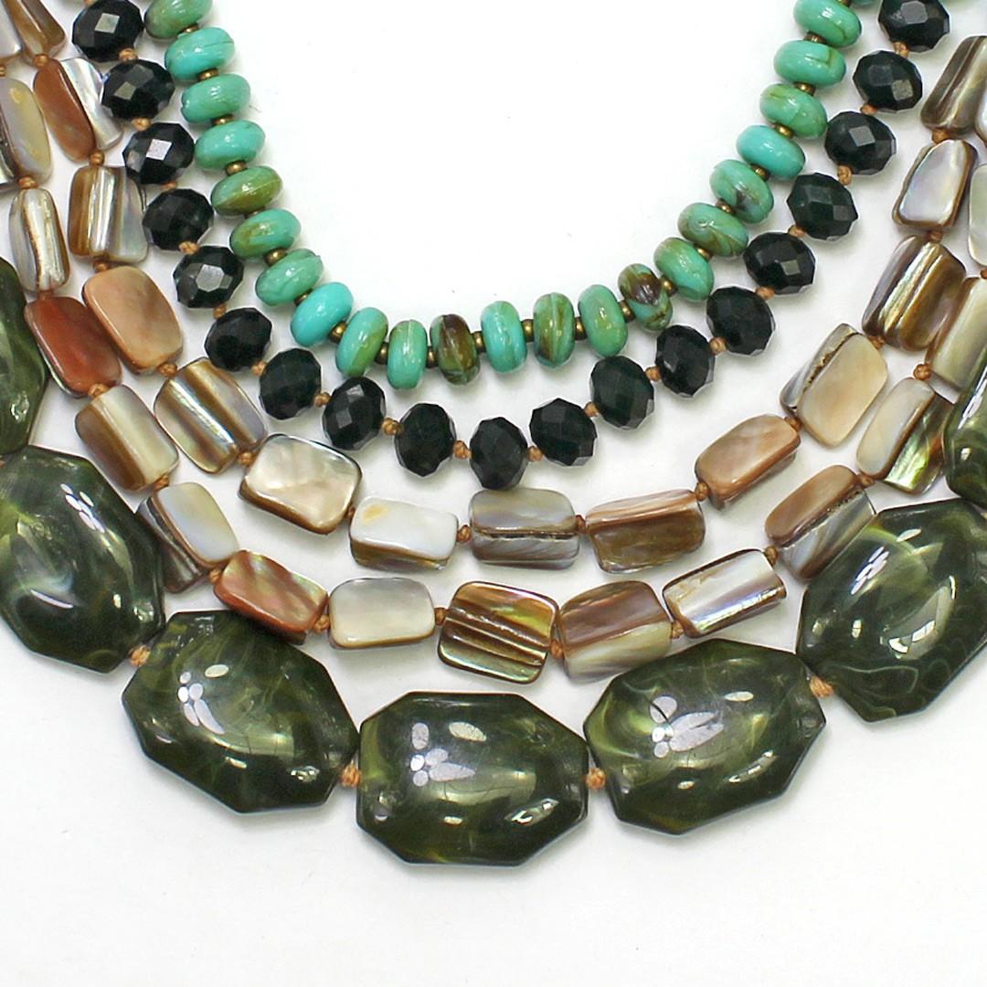 Colar Feminino max, resinas, cristais e cascalho| Bijuteria fina| CX-0646