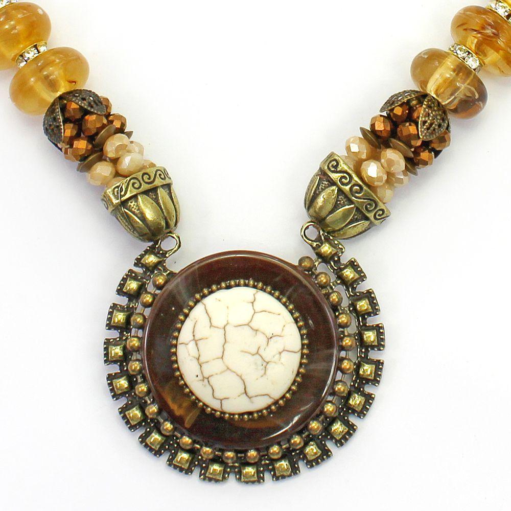 Colar feminino pérolas, cristais, resinas  metal - bijuteria - 2806