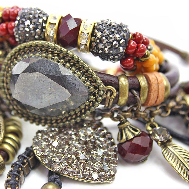 Pulseira  feminina colorida,cristais, camurças e pingentes -Bijuterias - 5359