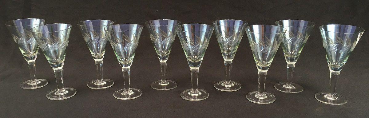 10 Taças Em Cristal Antigo Lapidado 16cm Altura