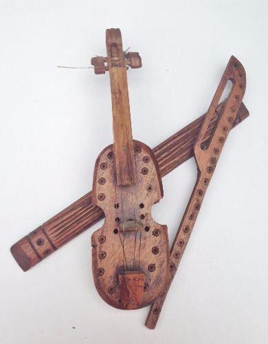 Antigo Violino Decorativo Em Madeira