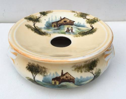 Antiga Cuspideira Escarradeira Em Porcelana Bela Decoração