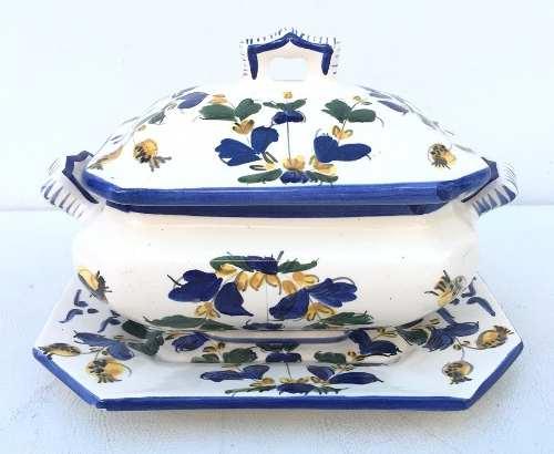 Linda Sopeira Pequena Com Presentoir Porcelana Luiz Salvador