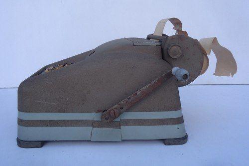 Antiga Máquina Calculadora