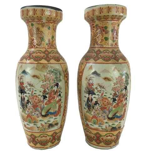 Antigo Par De Vasos Oriental Em Porcelana