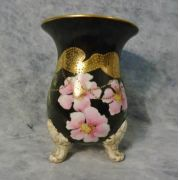 Antigo Vaso Floreira Pintado A Mao Detalhes Em Ouro