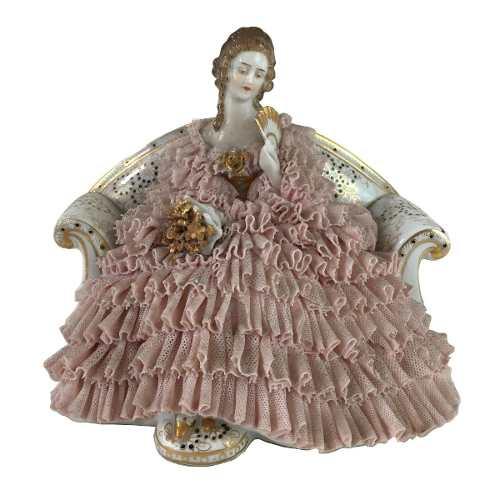 Bibelo Escultura Porcelana Austria Dama Saia De Renda