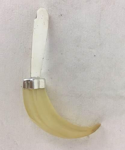 Abridor De Cartas Prata 90 E Resina Imitando Dente