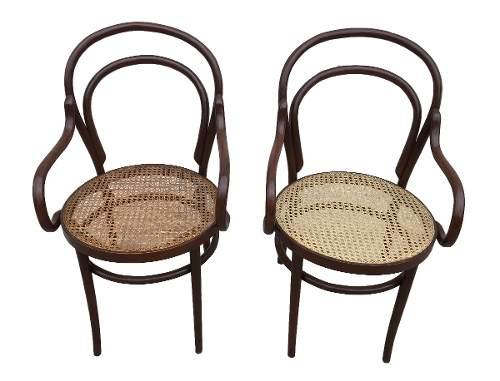 Par Cadeira Thonet Antiga Austriaca Com Braço E Palhinha