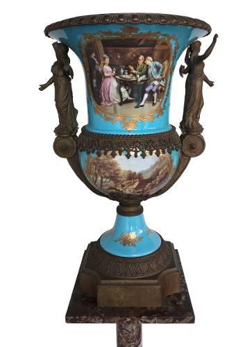 Magnifico Vaso Porcelana Sevres Detalhes Em Bronze