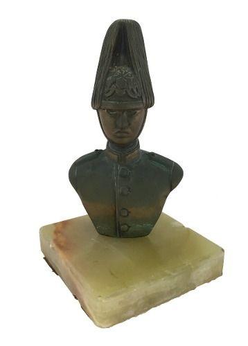 Escultura Antiga De Bronze Militar Base Alabastro