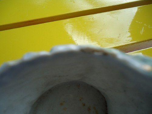Antiga Floreira Com Alça Porcelana Detalhes Em Ouro