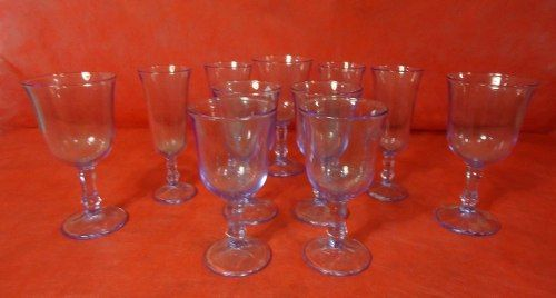 Antigo Conjunto De Taças Em Vidro Azulado