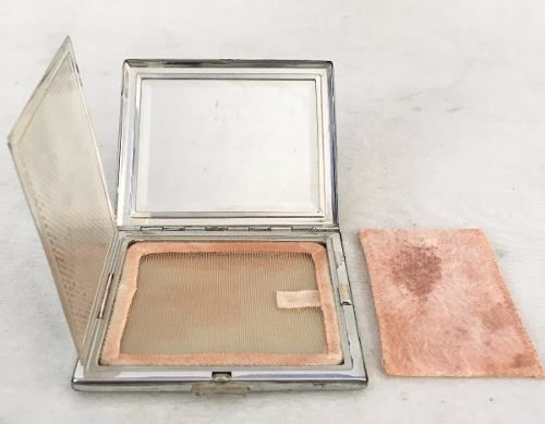 Caixinha Porta Maquiagem Pó De Arroz Com Espelho Prata De Lei