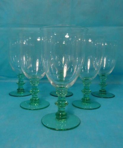 Conjunto Taças Para Agua Em Cristal Base Verde