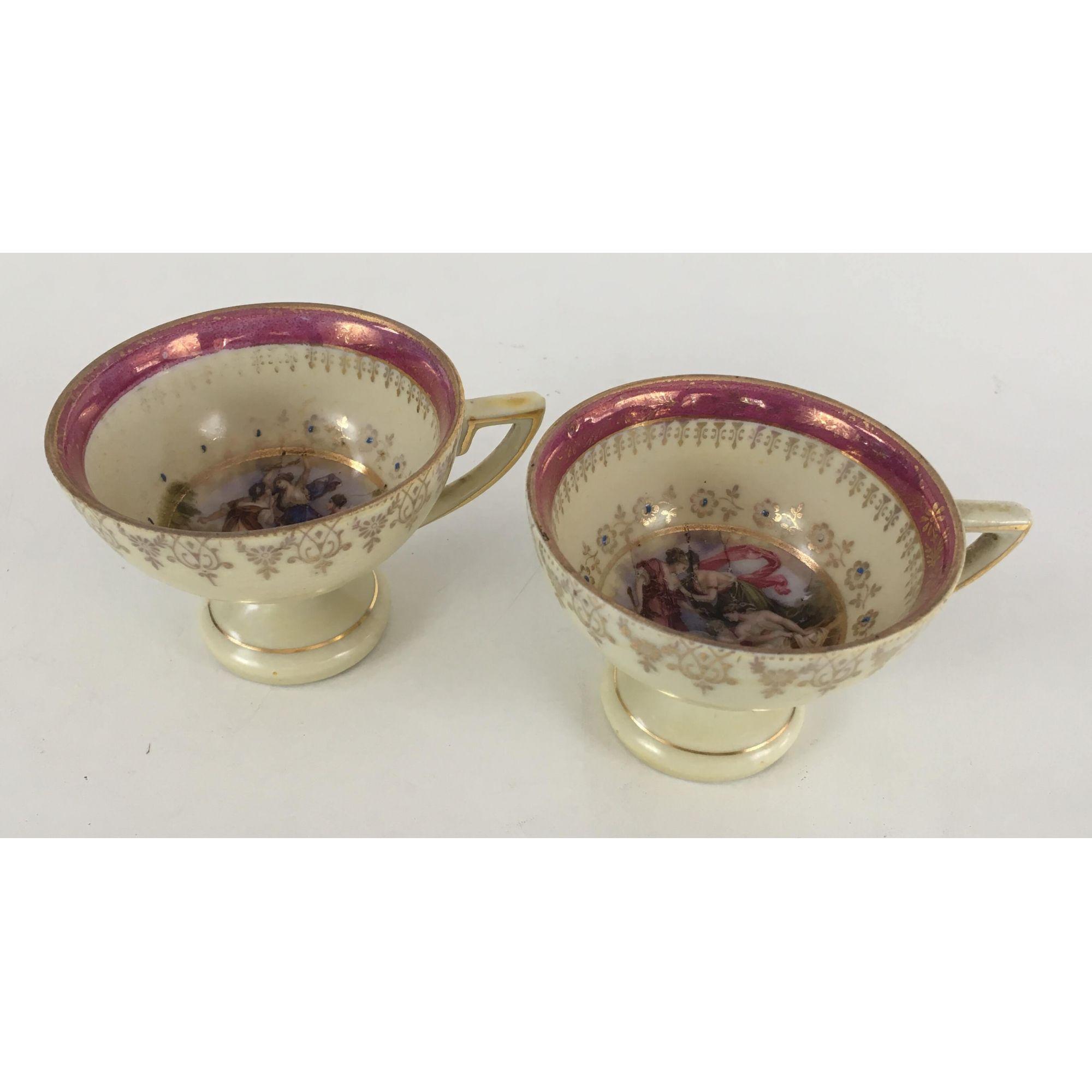 2 Xicaras De Cafe Porcelana Antiga Cena Galante