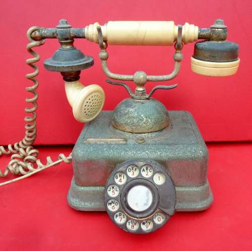 Antigo Telefone Em Bronze