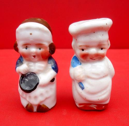 Antigo Casal Saleiro E Paliteiro Porcelana Japão