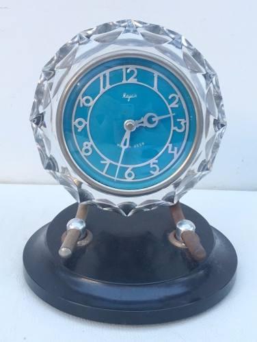 4816cc24d14 Antigo Relógio De Mesa Majak União Sovietica Em Cristal - Império dos  Antigos