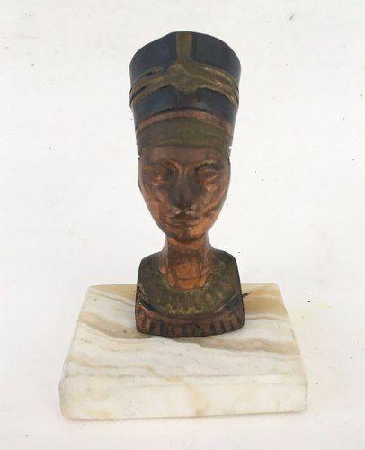 Escultura Egipcia Nefertiti