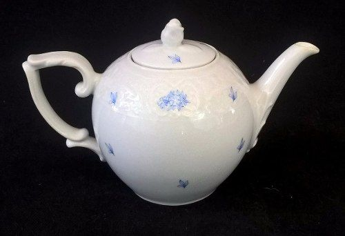 Lindo Bule De Chá Porcelana Beatriz