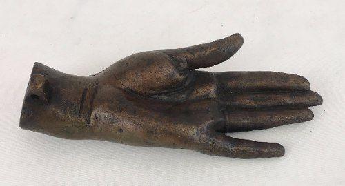 Centro De Mesa Escultura Em Bronze Em Formato De Mão