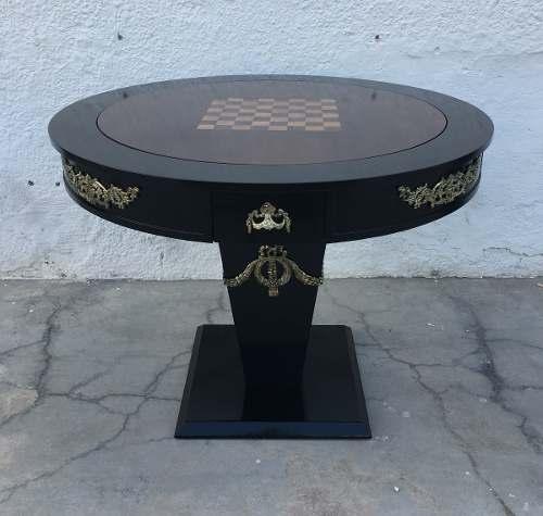 Mesa Redonda Classica Para Jogos Apliques Em Bronze