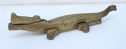 Antigo Jacaré Quebra Nozes Em Bronze