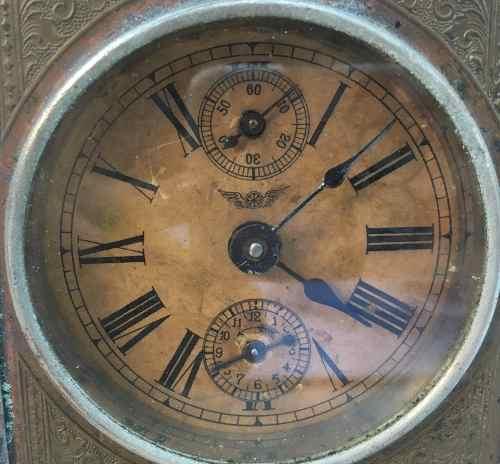 587ecb293fa Antigo Relógio Despertador Junghans De Mesa A Corda - Império dos Antigos