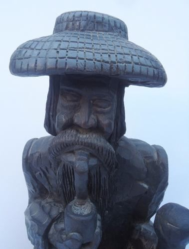 Grande Escultura Roceiro Em Madeira 63cm De Altura