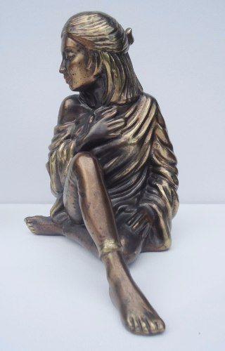 Lindo Par De Escultura Representando Mulheres