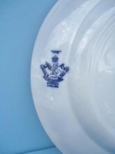 Antigo Prato Borrao 23cm Iris Royal Pottery