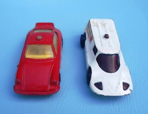 Par De Miniatura Marca Saci Porsche E Ambulancia Raros