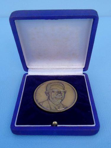 Medalha Maçom Na Caixa