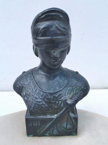 Antigo Cinzeiro Granito Estátua Da Justiça