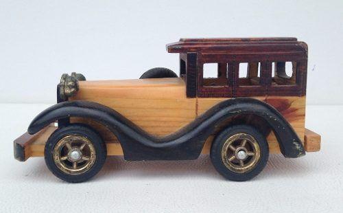 Lindo Ford Calhambeque Em Madeira