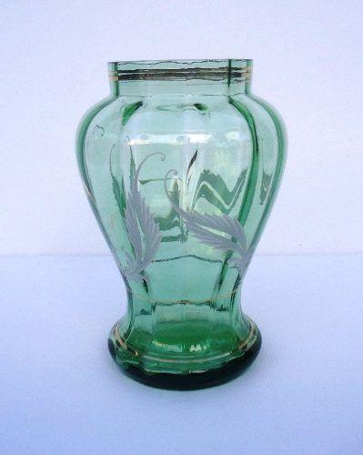 Lindo Vaso Em Vidro Verde
