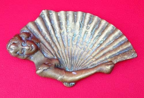 Porta Cartões Ou Saboneteira Em Bronze Figura Feminina