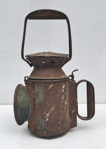 Antiga Lanterna Sinaleira De Ferrovia