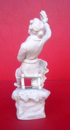 Linda Escultura Antiga Em Biscuit